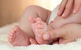 Van baby tot dreumes: acht maanden tot de eerste verjaardag